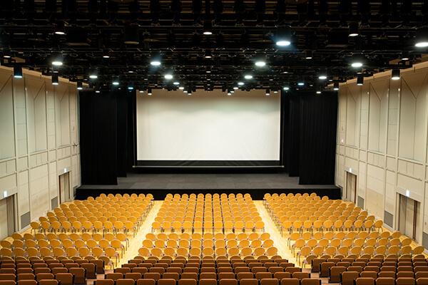 Hall floor (theater)